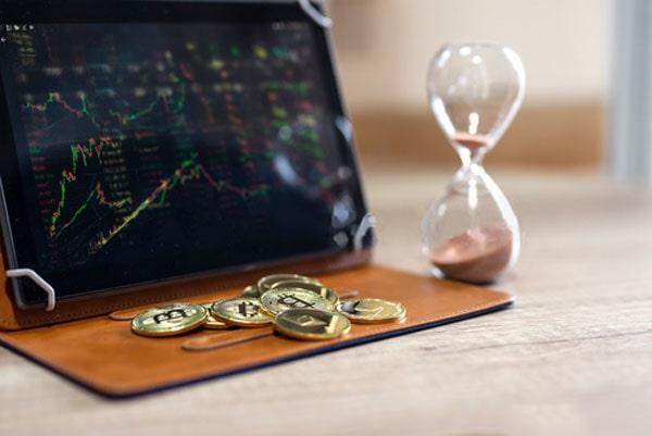 بهترین موقع خرید و فروش بیتکوین چه زمانی است؟