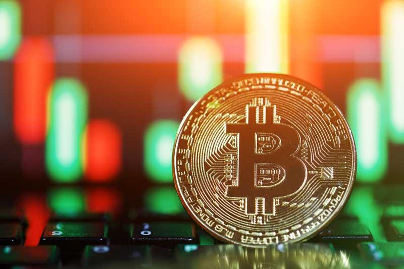 قیمت بیت کوین با طلا همزمان افزایش مییابد | همتاپی