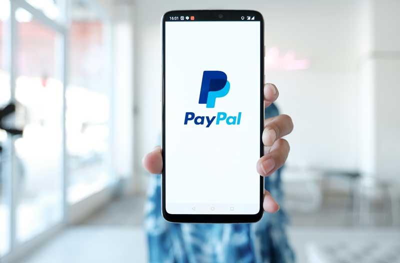 پی پال امکان پرداخت با رمزارزها را برای تجار فراهم میکند | همتاپی
