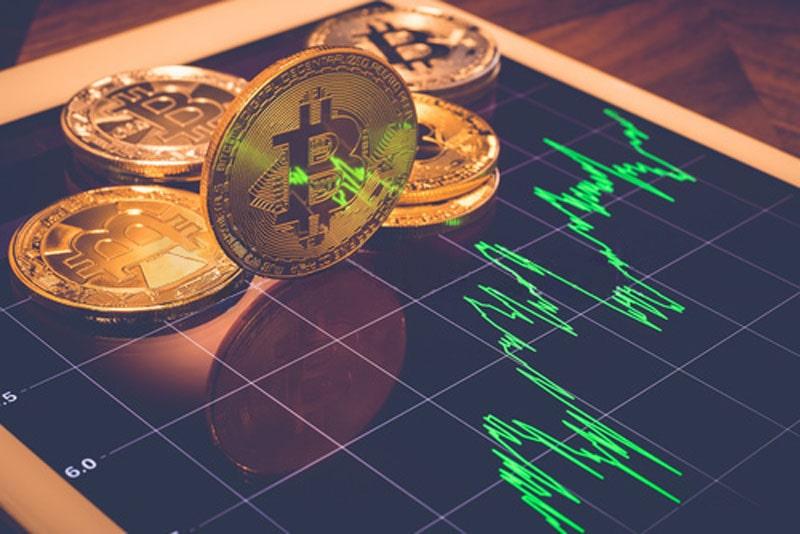قیمت بیت کوین تا اواسط سال 2021 میتواند به 90,000 دلار برسد