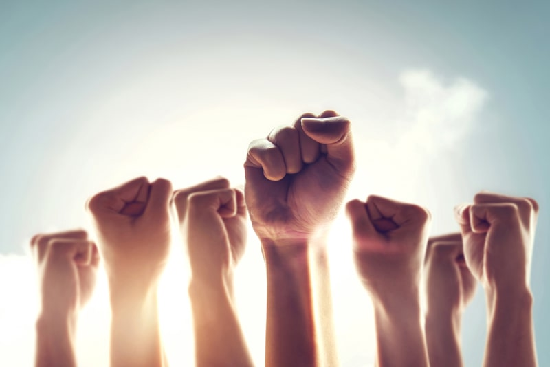 اعتراض گروهی از فعالان استخراج ارز دیجیتال کشور جهت تعیین تکلیف دستگاههای خود | همتاپی