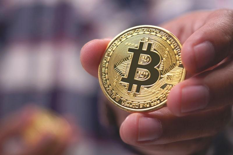 کمبود بیت کوین در بازار چه مزایایی برای سرمایهگذاران رمزارز دارد؟ | همتاپی