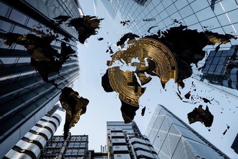 در اواخر سال 2020 سرمایهگذاران نهادی از سرمایهگذاران بلند مدت بیت کوین خریدند