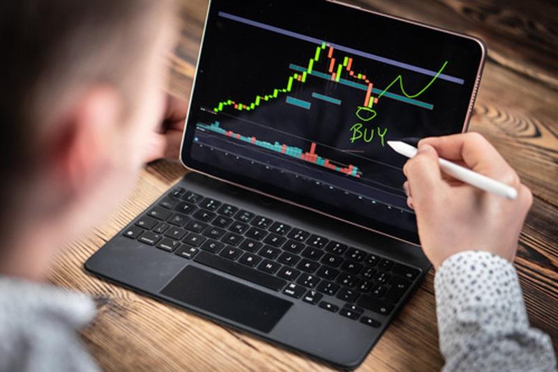 ویلی وو: سرمایهداران و شرکتها در حال خرید بیت کوین در کف قیمت هستند | همتاپی