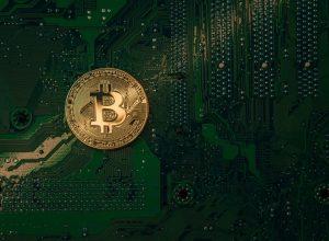 بحران عرضه بیت کوین در راه است؛ آیا قیمت بیت کوین افزایش خواهد یافت؟ | همتاپی