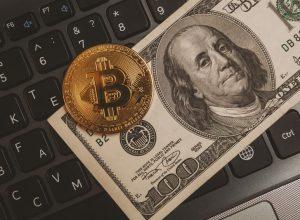 تصویب لایحه زیرساخت آمریکا، کاهش ارزش دلار و رشد قیمت بیت کوین را تسریع میکند | همتاپی
