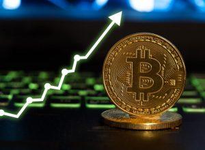 تحلیلگر ارشد بلومبرگ: قیمت بیت کوین امسال به 100 هزار دلار خواهد رسید | همتاپی